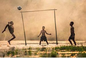 Foot au laos
